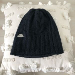 Nike Cable Knit Beanie